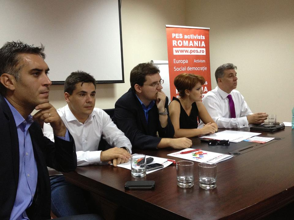 https://pes.ro/blog/wp-content/uploads/2013/02/pes-activists-craiova.jpg